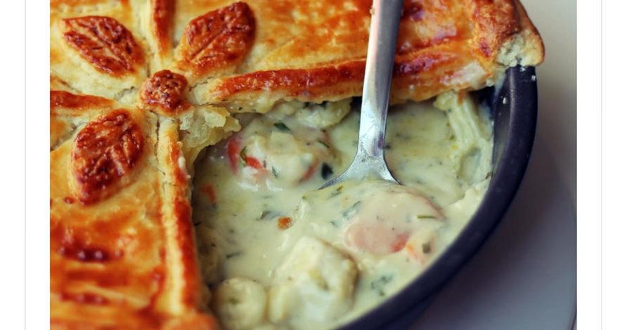 Pastel Salado de Pollo con Verduras y Queso Azul (British Pie)